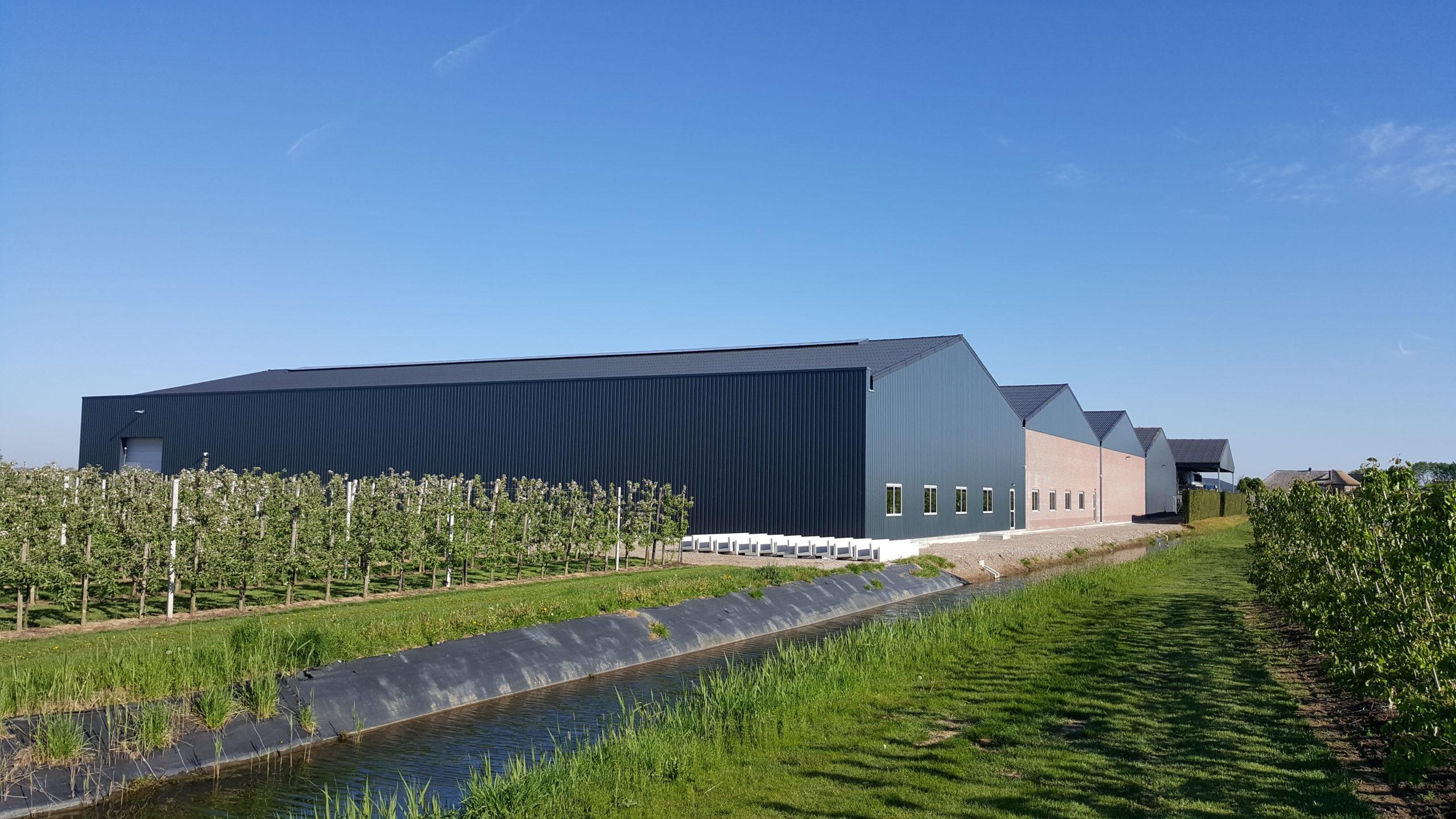 Nieuwbouw koel- en sorteercentrum